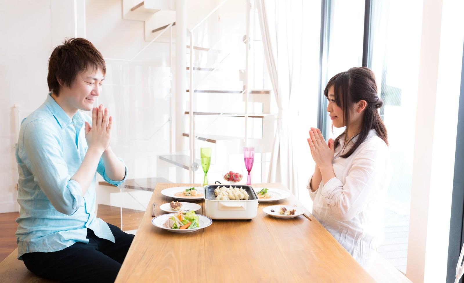 日常心理学:食事を一緒に食べるだけで好きになる?…「ランチョンテクニック」