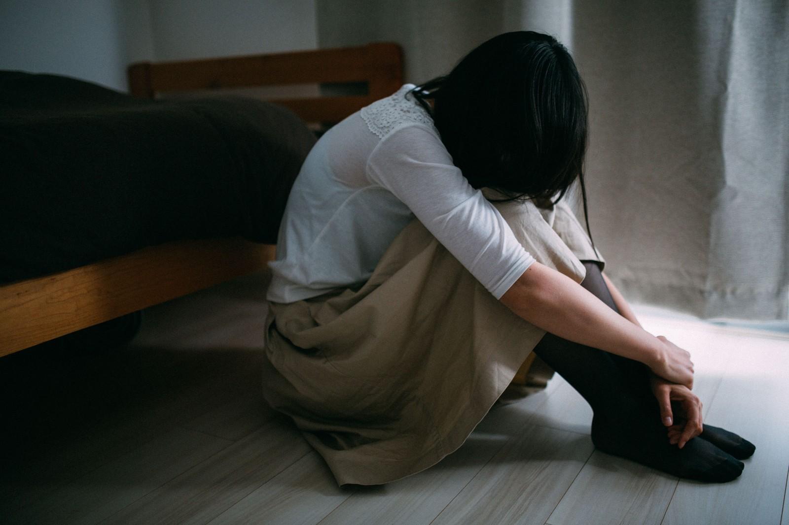 痛くてつらい生理痛の原因とは?痛みを和らげる方法をご紹介!