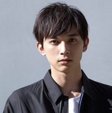 2018年現在、イケメン俳優吉沢亮に熱愛彼女はいるの?過去の元カノについても