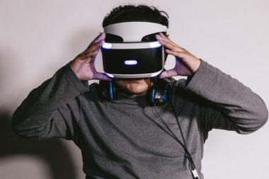 VRを用いた外科医「杉本真樹」のプロフィールや年収、VR医療を調査した