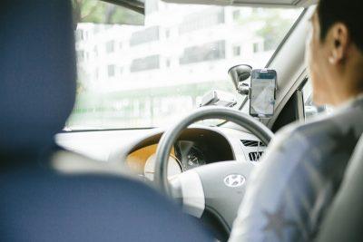 「年を取る幽霊」元タクシードライバーが本当に体験した怖い話をお話しします