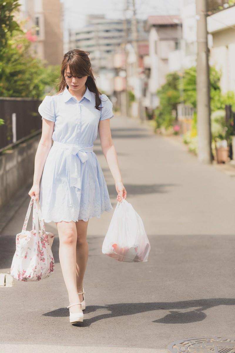買い物後の女性