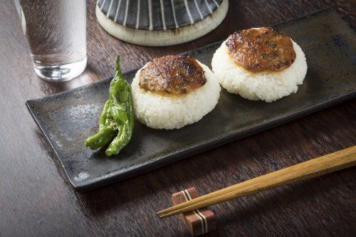 秋田県の石孫本店の黒味噌の通販・お取り寄せ・料理紹介!【青空レストラン】