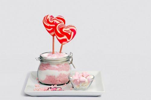 おすすめのペロペロキャンディーや食べ方・舐めた飴の保存方法を紹介