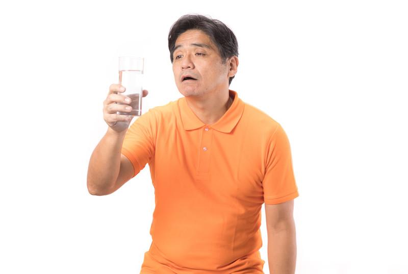 ポカリより○○がおすすめ!脱水対策として老人ホームで飲まれている飲み物を紹介
